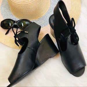 Ralph Lauren Alayna black open toe heels 8.5B